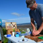 Wild food beach forages with Mark Williams - Sushi